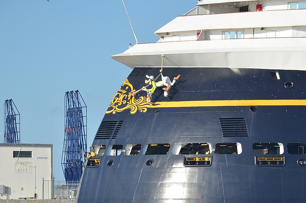 Was out at Port Canaveral yesterday , caught the Disney cruise ship Magic leaving port on a cruise.